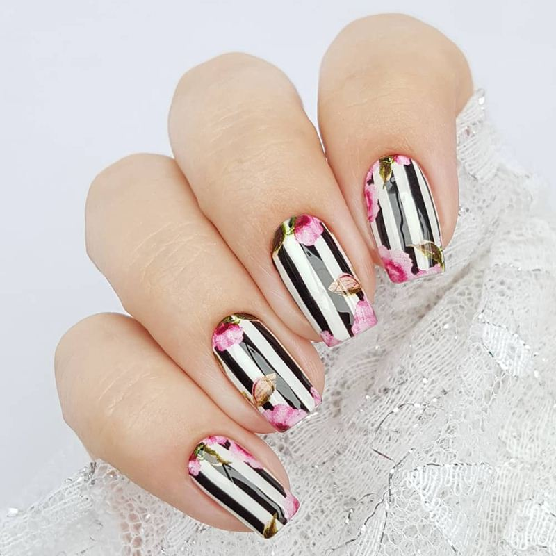 Decal nail sticker Flowers & Stripes 2