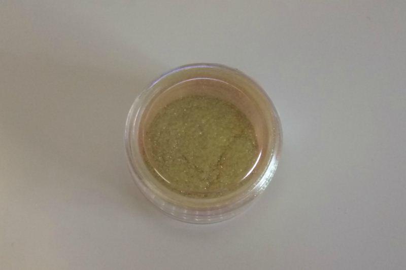 Mirror powder chameleon M001